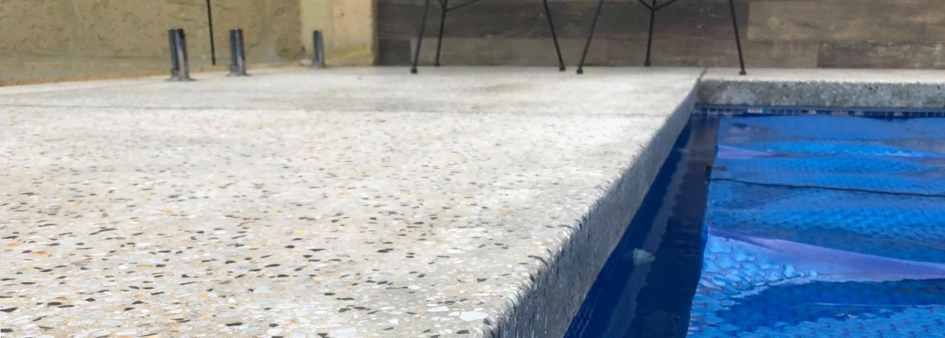 seamless-pool-edging